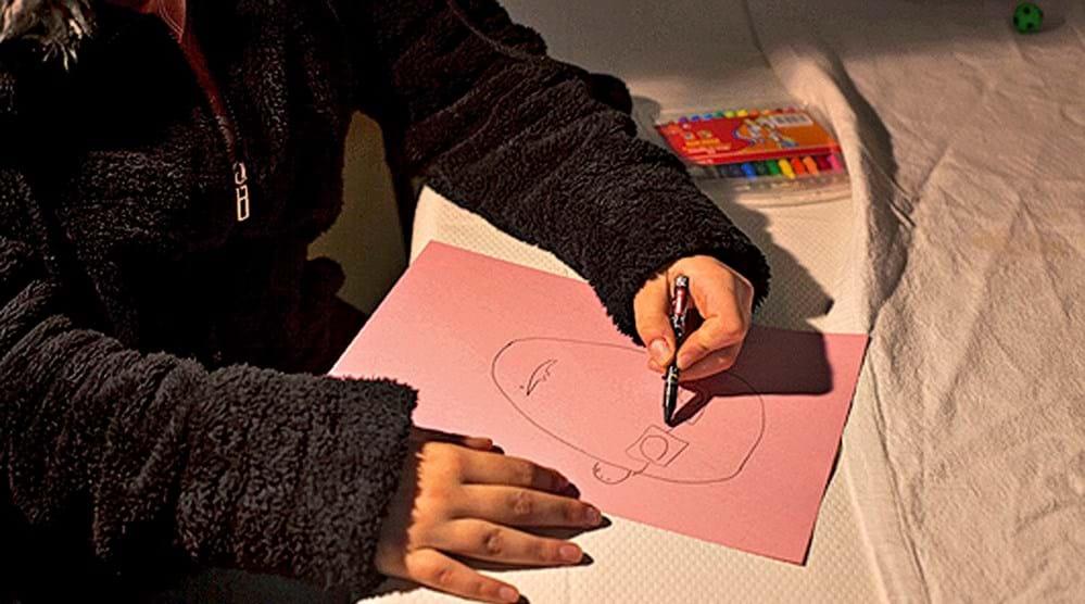 Elisabete, 15 anos: vida complicada que já foi mais difícil - Revista Sábado