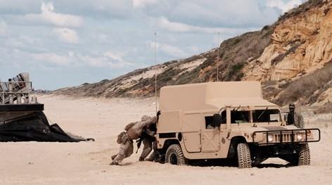 O dia em que a NATO ficou atascada numa praia portuguesa