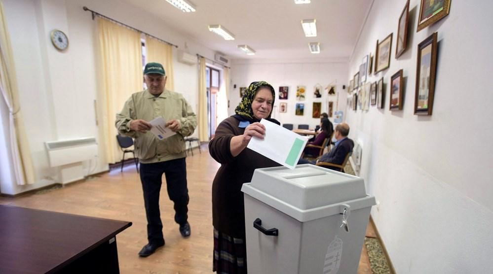 Resultado de imagem para Referendo da Hungria sobre refugiados não é válido, diz sondagem
