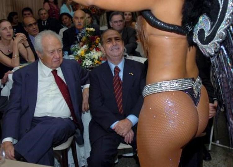 Dez imagens que explicam Soares Superstar