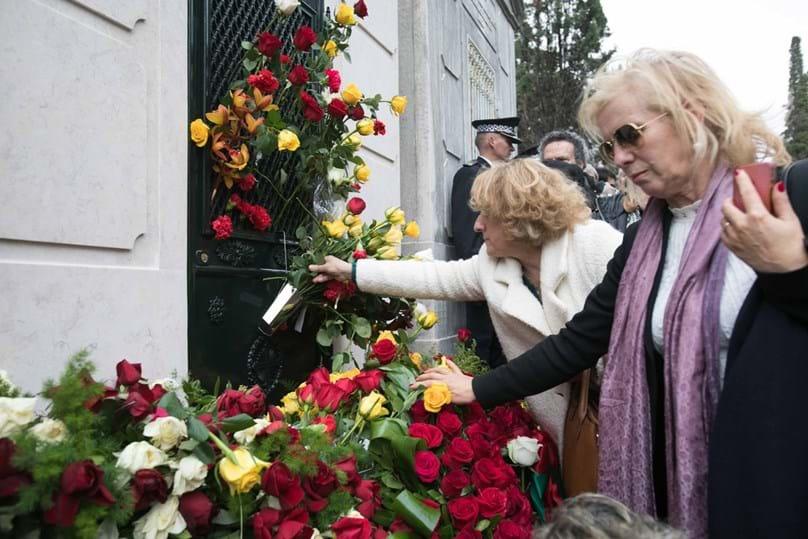 Soares: Os momentos finais no Cemitério dos Prazeres