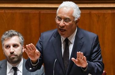 Portugal está pior fora do euro, diz Costa ao PCP