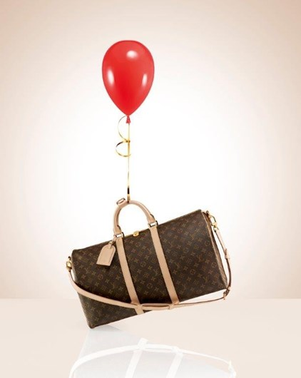 Uma mala cheia de presentes Louis Vuitton