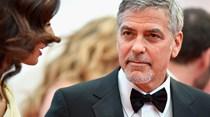 George Clooney à espera de aventura com os seus filhos
