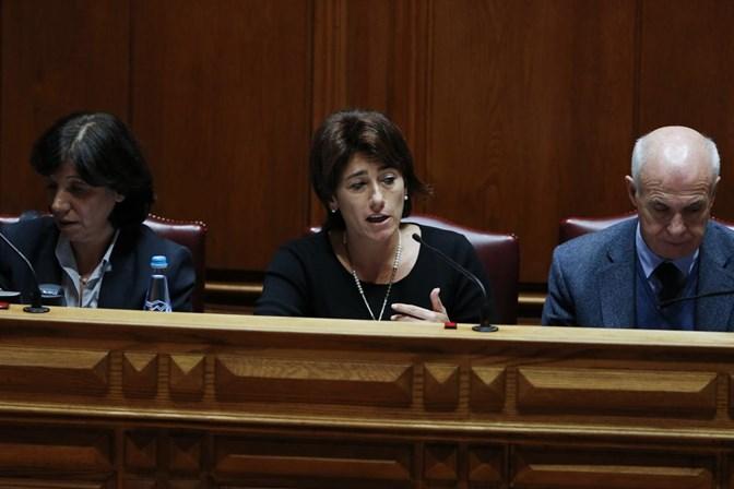 Ministra quer penalizar SIRESP por falhas em Pedrógão Grande