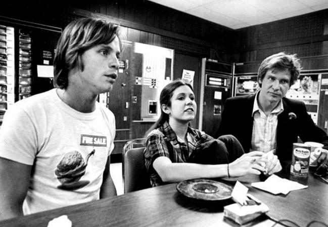 <p>Esta imagem foi tirada em 1978, quando Carrie j&aacute; tinha alcan&ccedil;ado o sucesso mundial com&nbsp;Star Wars.</p>
