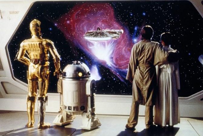<p>Esta e a imagem anterior foram captadas no<em> set</em> de <em>Star Wars: O Imp&eacute;rio Contra-Ataca</em>.&nbsp;</p>