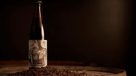 Há uma nova cerveja artesanal com aroma a whiskey