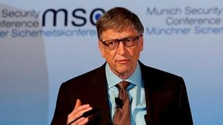 Bill Gates quer empresas a pagar impostos por usarem robôs
