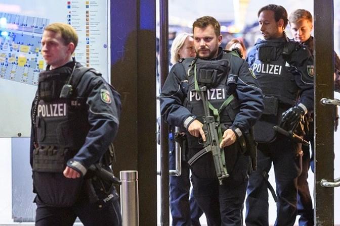 Homem faz ataque com machado em estação de trem na Alemanha