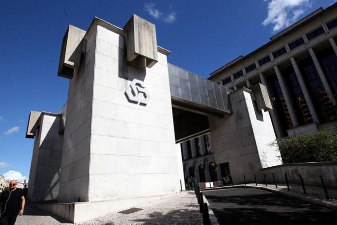 Reformados vão pagar comissão de conta na CGD. Associação discorda