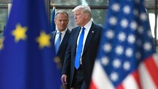 Donald Trump e Barack Obama estão na Europa