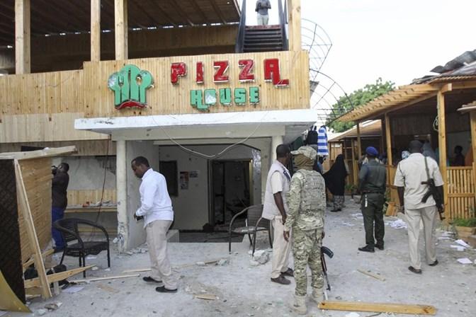 Pelo menos 17 pessoas morreram em ataque do al-Shabbab na Somália