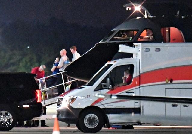 A chegada de Otto Warmbier ao aeroporto de Cincinnati EUA em coma