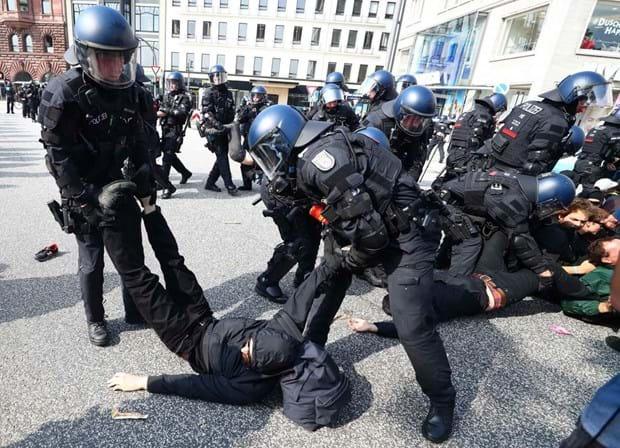 Confrontos em cúpula do G20 deixaram quase 500 policiais feridos