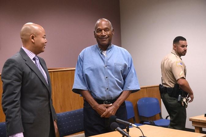 OJ Simpson sai em liberdade condicional aos 70 anos