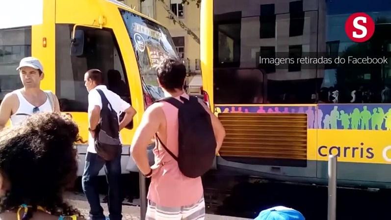 Colisão entre autocarro e elétrico faz pelo menos dez feridos em Lisboa