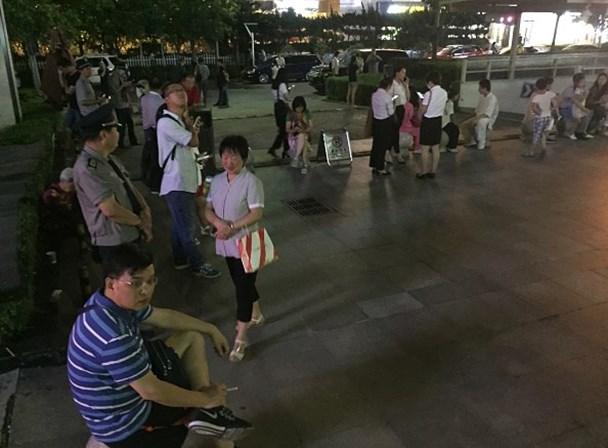 Pelo menos cinco mortos em sismo na China