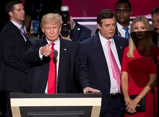 Casa de ex-chefe de campanha de Trump é vasculhada pelo FBI