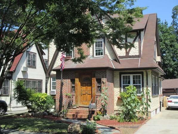 Casa da infância de Donald Trump está disponível no Airbnb