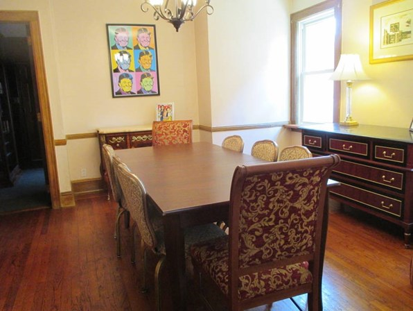 Casa da infância de Donald Trump é anunciada no Airbnb