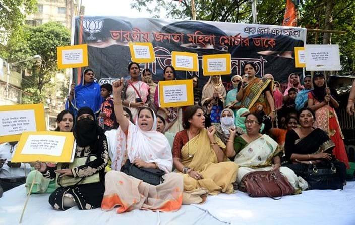 Corte bane divórcio instantâneo de muçulmanos na Índia