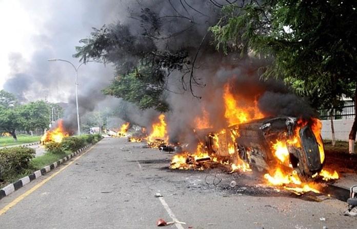 Condenação de guru indiano gera confrontos violentos