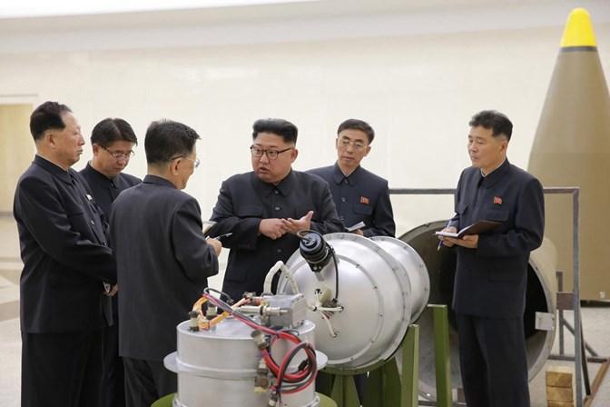 EUA fazem demonstração de força contra a Coreia do Norte