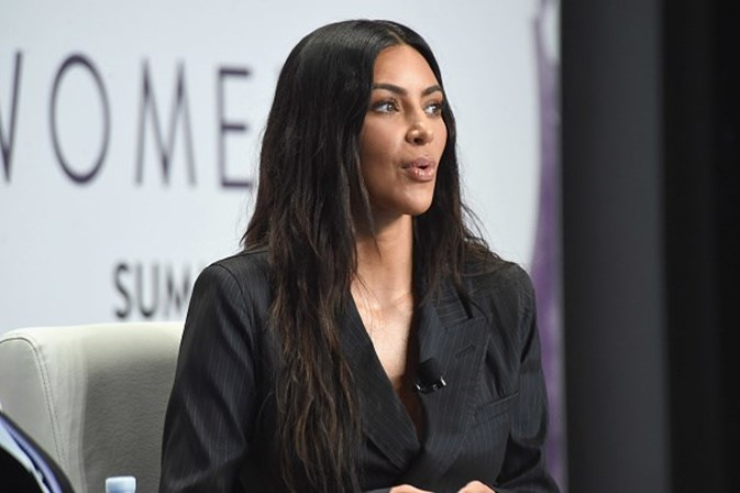 Terceiro filho de Kim Kardashian e Kanye West deve nascer em janeiro