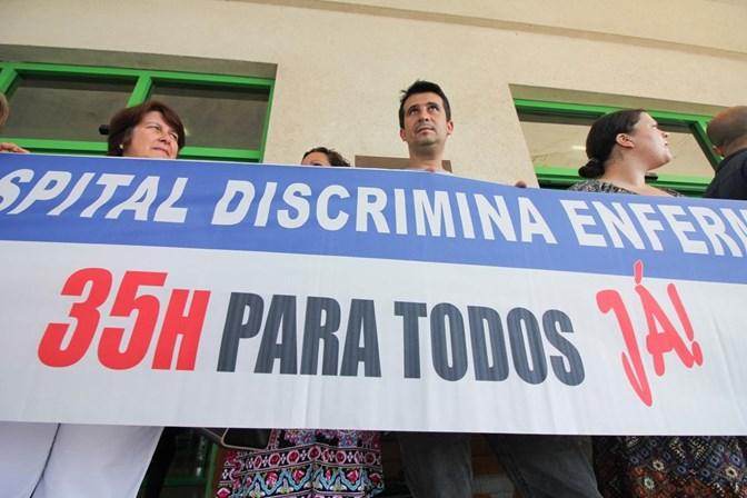Enfermeiros em greve, manifestam-se em frente ao hospital — Castelo Branco