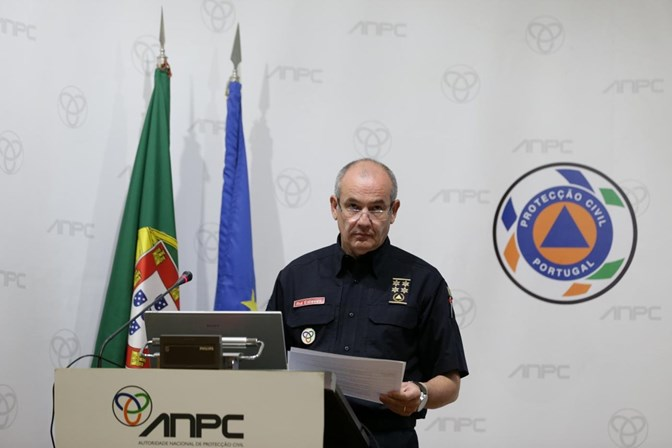 Rui Esteves demitiu-se do cargo de comandante nacional — Proteção Civil