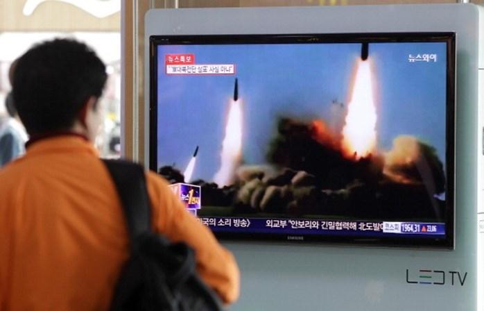 Coreia do Norte lança novo míssil sobre o Japão