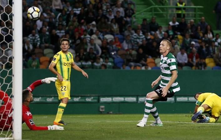 Sporting pagou dois milhões em comissões por Mathieu