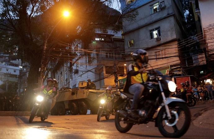 Tiroteio hoje na Rocinha: favela é palco da guerra do crime organizado