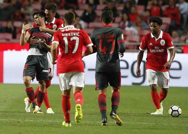 Três jogos de suspensão para Samaris — Em atualização Benfica