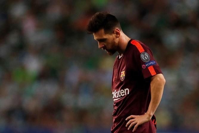 Messi renovou pelo Barcelona até 2021
