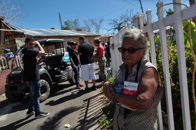 EUA. Trump lança-se a líderes porto-riquenhos depois do furacão Maria