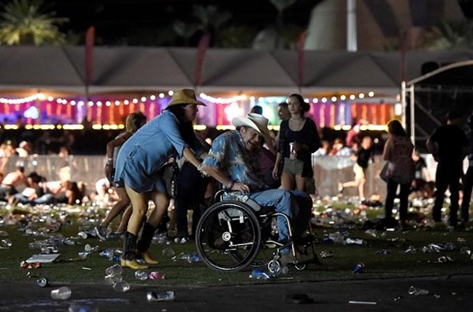 Número de mortos sobe para 50 — Las Vegas
