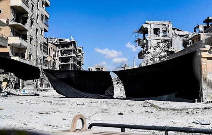 Ataque a esquadra em Damasco provoca 16 mortos