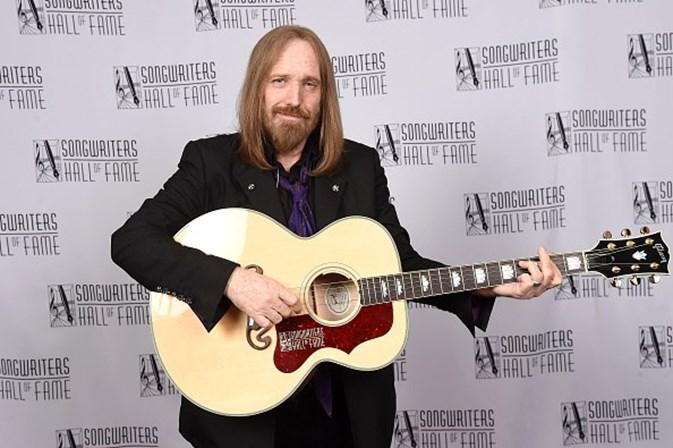 Morre Tom Petty; relembre a trajetória desse ícone do rock
