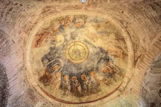 Arqueologistas acreditam ter descoberto tumba do Pai Natal
