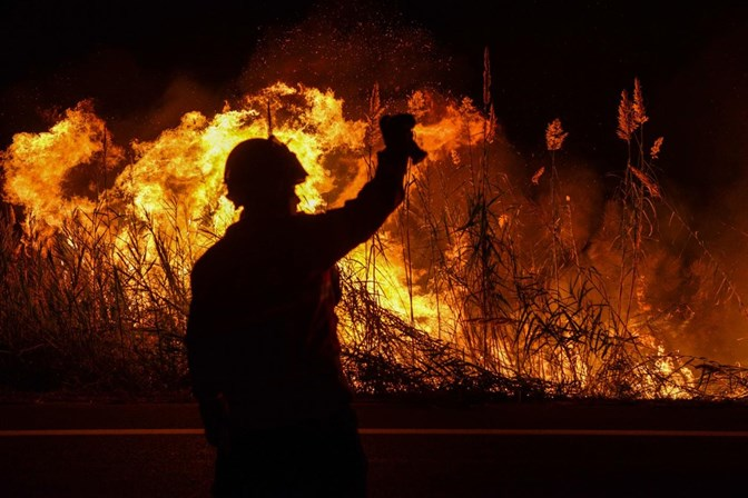 Cerca de 400 milhões para apoio às regiões afetadas — Incêndios