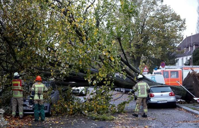 Tempestade Herwart mata cinco pessoas na Europa