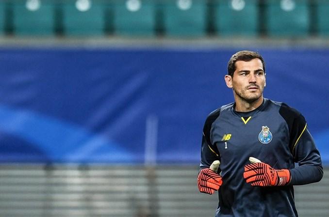 Casillas quer sair do FC Porto em janeiro, escrevem em Espanha