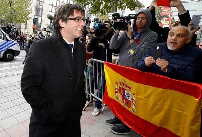 Puigdemont diz que eleições vão
