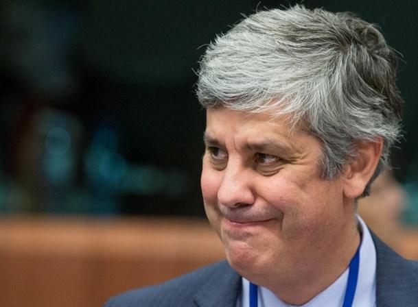 Orçamento português em risco de incumprimento, alerta Bruxelas