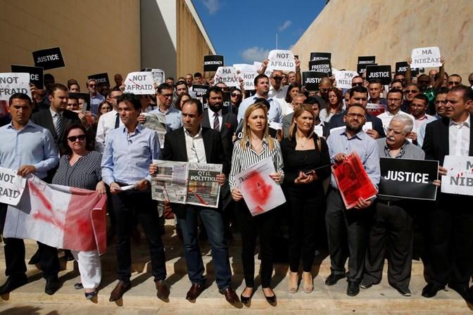 Oito detidos em Malta por envolvimento na morte da jornalista Daphne Caruana