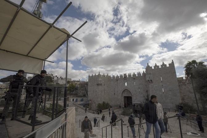 Confrontos deixam mais de 100 feridos — Israel e Palestina