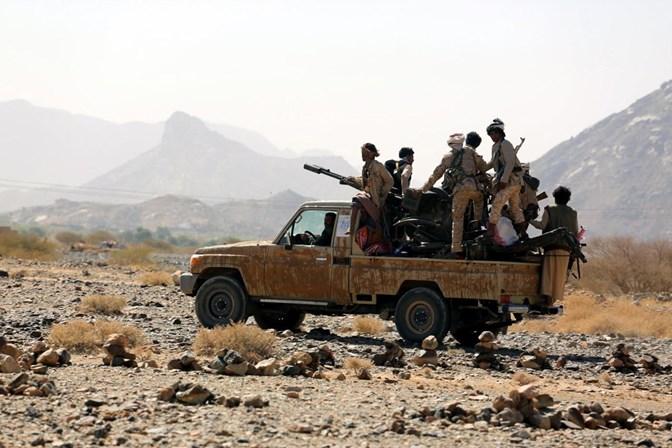 Rebeldes iemenitas afirmam ter lançado míssil balístico contra Riad