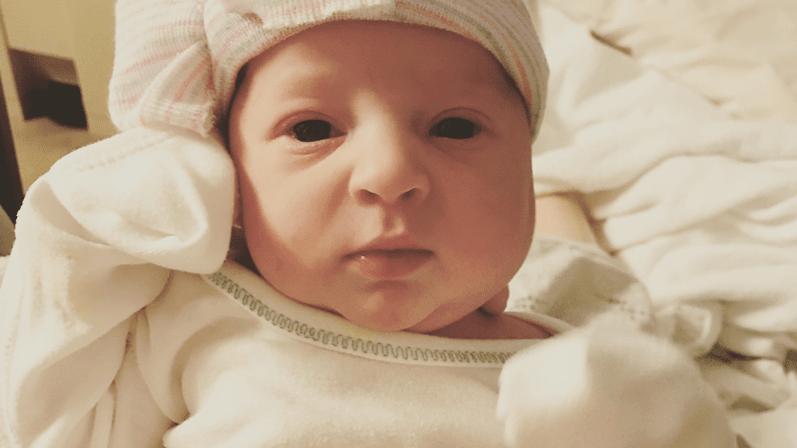 Norte-americana tem bebê gerado de embrião congelado há 24 anos